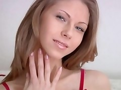 Lovely geisha has beautiful vagina lips for satisfying